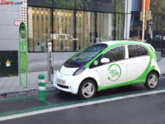 """Romanii sunt tot mai atrasi de masinile """"verzi"""". Au crescut vanzarile cu 185%"""