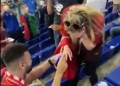 Romantism la cote maxime la Euro 2020. Cerere in casatorie in timpul unui meci VIDEO
