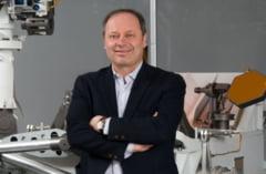 """Romanul care a contribuit decisiv la trimiterea roverelor NASA pe Marte. Inginerul Adrian Stoica si """"tunurile de lumina"""" care vor ajunge pe Luna"""