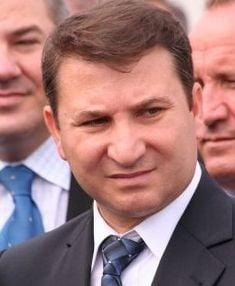 Romeo Stavarache: Alegerea primarilor intr-un singur tur, o loterie