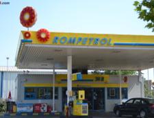 Rompetrol a ieftinit benzina cu 7 bani pe litru