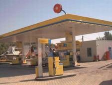 Rompetrol a scumpit benzina