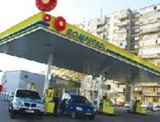 Rompetrol a scumpit carburantii