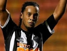 Ronaldinho a facut spectacol in Brazilia (Video)