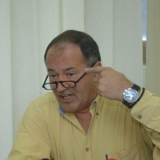 Rosca Stanescu il acuza pe presedintele Basescu ca a stopat ancheta privind armamentul