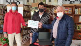 Rotary Club Targoviste a donat tablete pentru copiii din mediul rural