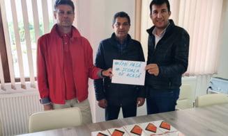 Rotary Club Targoviste s-a implicat in dotarea elevilor cu tablete si laptop-uri