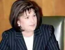 Rovana Plumb: Niciun ban nu poate inlocui lipsa parintilor