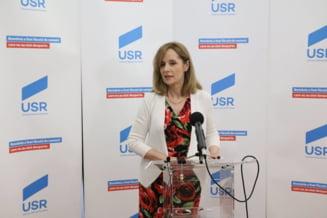 Roxana Wring si-a dat demisia din USR, dupa ce CNSAS a cerut instantei sa constate ca a colaborat cu Securitatea