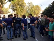Rromii din Romania care au speriat Florenta: Bataie cu lanturi si curele