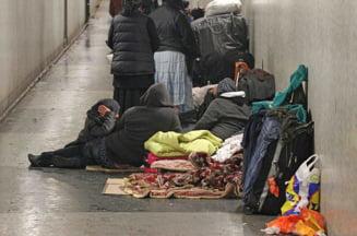 Rromii din Romania care dorm pe strazile Londrei: Suntem cetateni UE, dati-ne case!