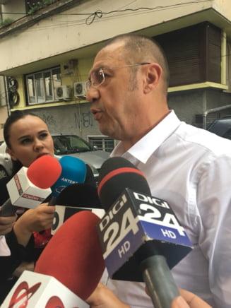 Rudel Obreja se preda la politie: O felicit pe doamna Udrea, ca nu a ajuns la inchisoare