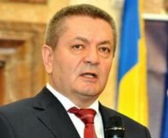 Rus: Daca Boc castiga la Cluj, orasul va fi izolat ca pe vremea lui Funar