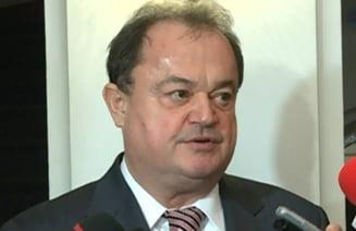 Rus: Parlamentul sa se pronunte pe Rosia Montana. Blaga: USL a respins proiectul deja in comisii