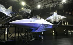 """Rusia și-a etalat, în prezența lui Putin, avionul Suhoi LTS """"Checkmate"""", răspunsul pentru F-35. Are mai multe rachete decât avioanele SUA VIDEO"""