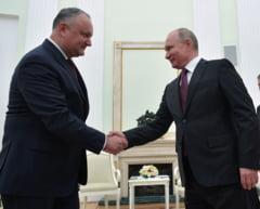 Rusia a invins fara tancuri in Moldova - prin santaj economic, capcane si stratageme politice