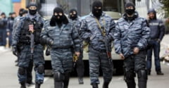 Rusia arunca pisica la SUA: Occidentul trimite arme in Ucraina