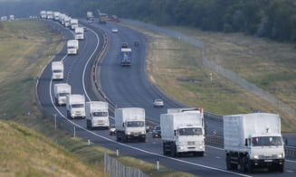 Rusia continua ajutoarele umanitare in Ucraina: Al treilea convoi a trecut granita