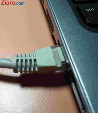 "Rusia da lege sa cenzureze Internetul: Spune ca e pentru cazul in care ""puteri straine"" vor sa o izoleze"