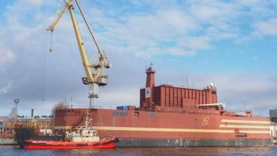 """Rusii au lansat la apa primul """"Titanic nuclear"""" din istorie (Video). Moscova ar vrea sa umple marile cu astfel de nave"""