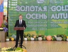 Rusii se indreapta spre saracia lucie: Jumatate din salariu il dau pe mancare