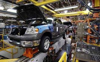 S&P: GM, Ford si Chrysler risca falimentul