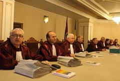 S-a amanat decizia CCR in privinta Legii Referendumului. Vezi motivul amanarii