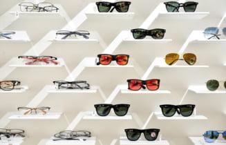 S-a deschis un magazin clasic de ochelari unde gasesti la fel de multe modele cat intr-unul online