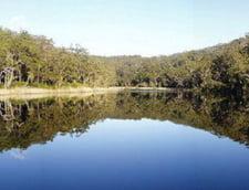 """S-a descoperit """"cada lui Dumnezeu"""": Lacul transparent, neschimbat de 7.500 de ani"""