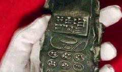 """S-a gasit un """"telefon mobil"""" vechi de 800 de ani?"""
