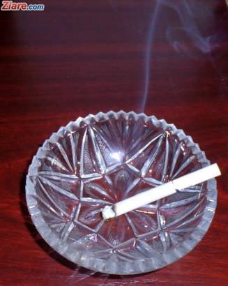 S-au interzis tigarile aromate si mentolate. JTI: Nu va scadea fumatul. Va pierde si statul, si comerciantul, si producatorul