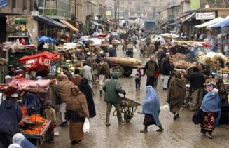 S-au redeschis băncile din Afganistan. Orice transfer de dolari și artefacte în străinătate interzis de talibani
