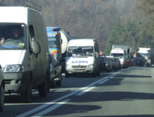 S-au terminat Sarbatorile, incepe weekend-ul: Trafic de cosmar pe DN1
