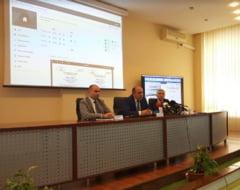 STS a prezentat public sistemele informatice pentru alegerile prezidentiale: Tabletele au fost predate si operatorii instruiti