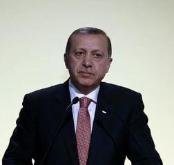 SUA resping acuzatiile Rusiei conform carora Erdogan ar fi implicat in traficul de petrol cu Statul Islamic