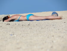 Sa stam sau nu la plaja? Legatura dintre expunerea la soare si speranta de viata