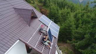 Salajenii cu gospodarii izolate mai pot cere bani de la stat pentru a-si lua panouri solare