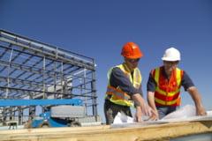 Salariu minim de 3.000 de lei pentru cei care lucreaza in domeniul constructiilor