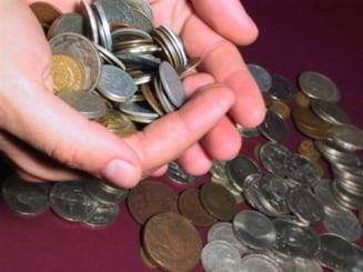 Salariul mediu a scazut cu pana la 10%