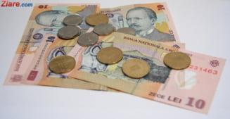 Salariul minim creste de la 1 mai: Cat vor plati in plus angajatorii si ce risca daca nu dau mariri
