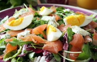 Salata de vara cu somon afumat