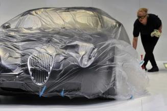 Salonul Auto de la Geneva: Bugatti si Dacia, una langa alta (Galerie foto)
