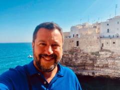 Salvini, dupa ce Richard Gere si-a aratat ingrijorarea fata de imigranti: Sa ii ia el si sa ii duca la Hollywood