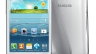 """Samsung, problema """"de tip Apple"""": Are prea multi bani"""