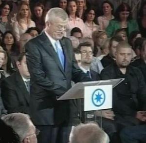 Sandru: Basescu, singurul care are de castigat din candidatura lui Oprescu