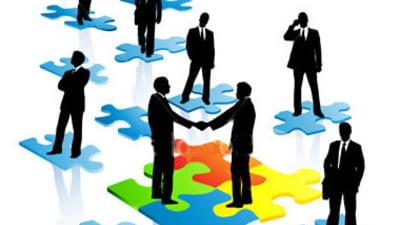 Sapte reguli de aur pentru networking de succes