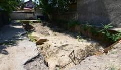 """Sarabanda ilegalitatilor! Scandalul """"gropii"""" din strada Sarmizegetusa"""