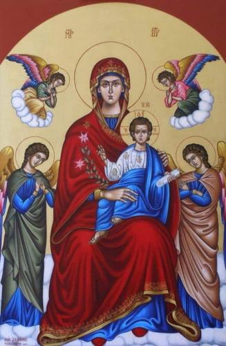 Sarbatoarea Acoperamantul Maicii Domnului se celebreaza la 1 octombrie, ziua cand fetele se gatesc ca pentru nunta