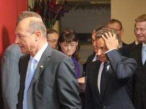 Sarkozy: N-am refuzat sa vorbesc cu Basescu, e un om de inalta tinuta