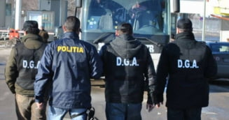 Sase agenti de politie de frontiera giurgiuveni, trimisi in judecata pentru luare de mita